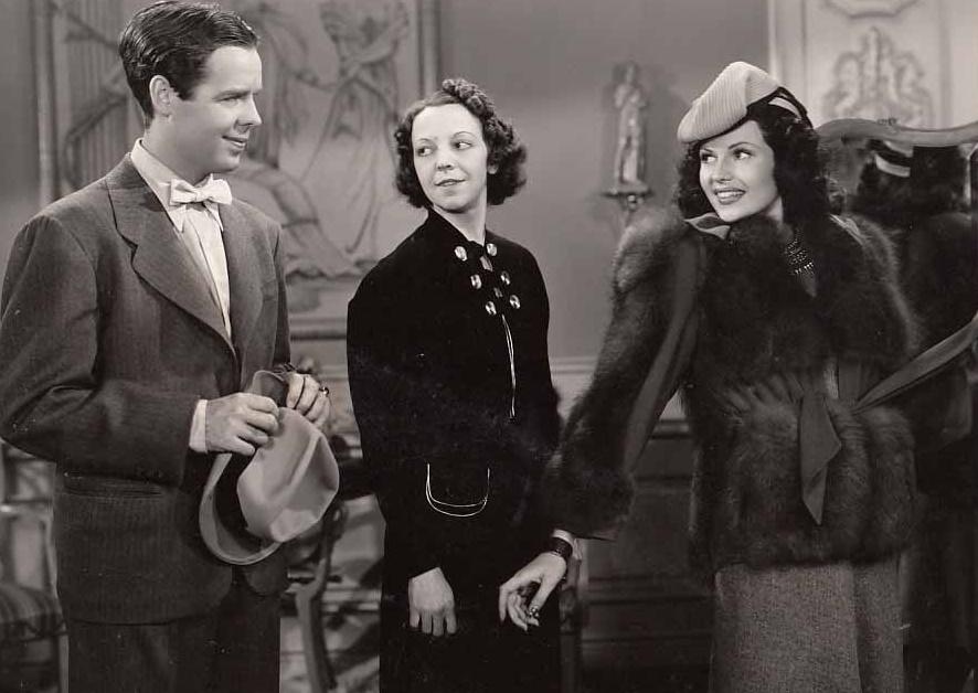 Rita Hayworth, Arthur Lake, and Rita Owin in Blondie on a Budget (1940)