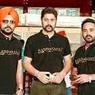 Tarnvir Singh Jagpal and Manpreet Johal in Rabb Da Radio (2017)