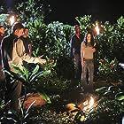 Matthew Fox, Jorge Garcia, Josh Holloway, Mark Pellegrino, and Evangeline Lilly in Lost (2004)