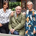 Melanie Sykes, Sue Pryke, and Keith Brymer Jones in The Great Pottery Throw Down (2015)