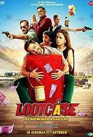Kunal Khemu, Vijay Raaz, Gajraj Rao, Ranvir Shorey, Rasika Dugal, and Aryan Prajapati in Lootcase (2020)