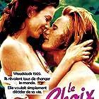 Diane Lane and Viggo Mortensen in A Walk on the Moon (1999)