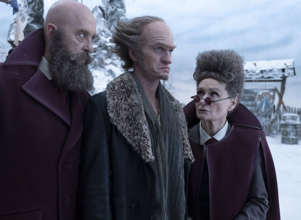 Neil Patrick Harris, Richard E. Grant, and Beth Grant in A Series of Unfortunate Events (2017)