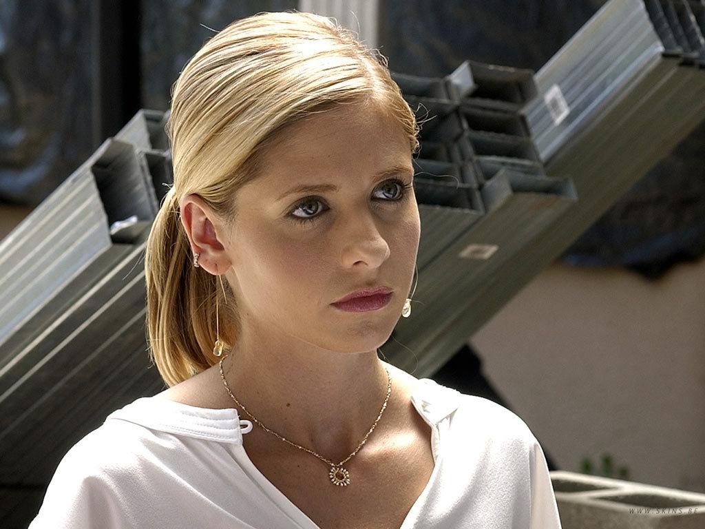 Sarah Michelle Gellar in Buffy the Vampire Slayer (1996)