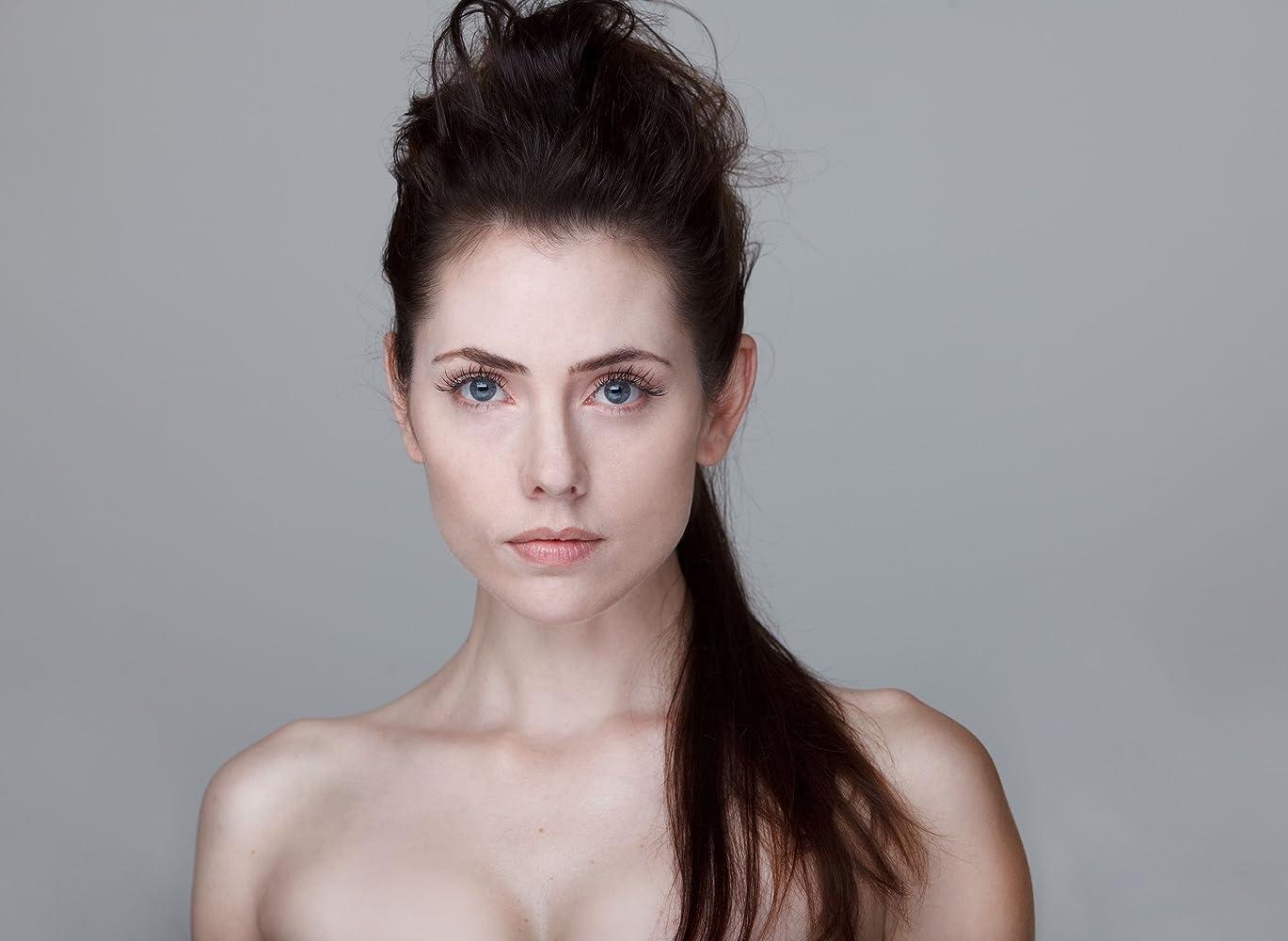 Adrienne Wilkinson nude photos 2019