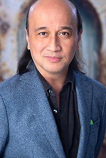 Walter Tabayoyong Picture
