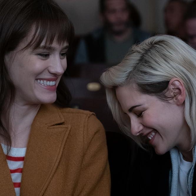 Kristen Stewart and Mackenzie Davis in Happiest Season (2020)