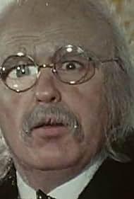 Louis Velle in L'étrange monsieur Duvallier (1979)