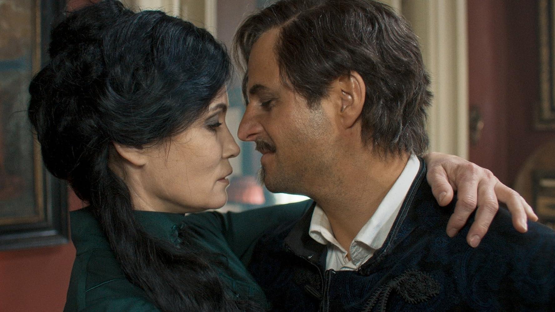 Philipp Hochmair and Anja Kling in Katharsis (2020)