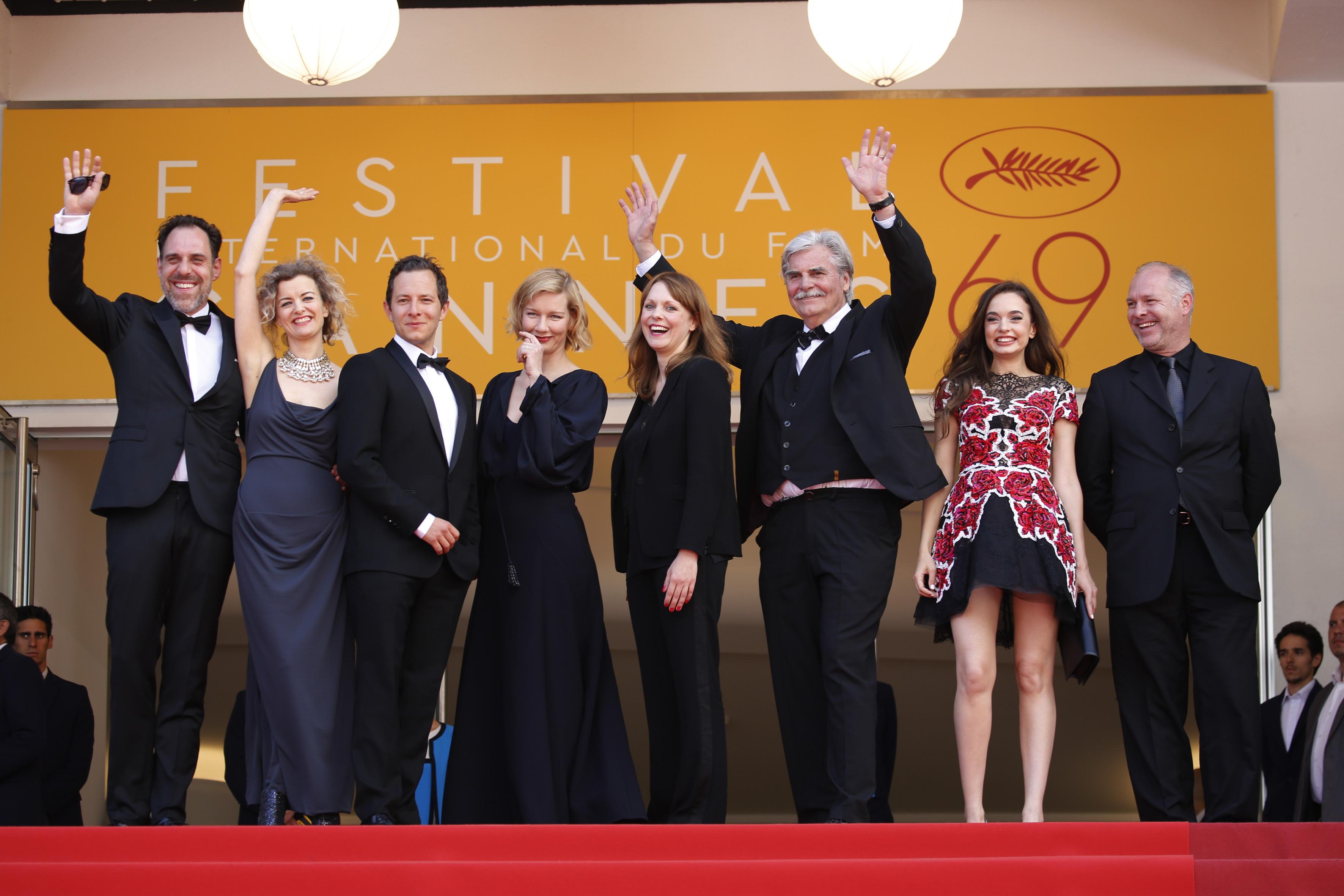 Maren Ade, Vlad Ivanov, Lucy Russell, Peter Simonischek, Sandra Hüller, Trystan Pütter, Ingrid Bisu, and Thomas Loibl at an event for Toni Erdmann (2016)