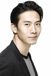 Yuwu Qi Picture