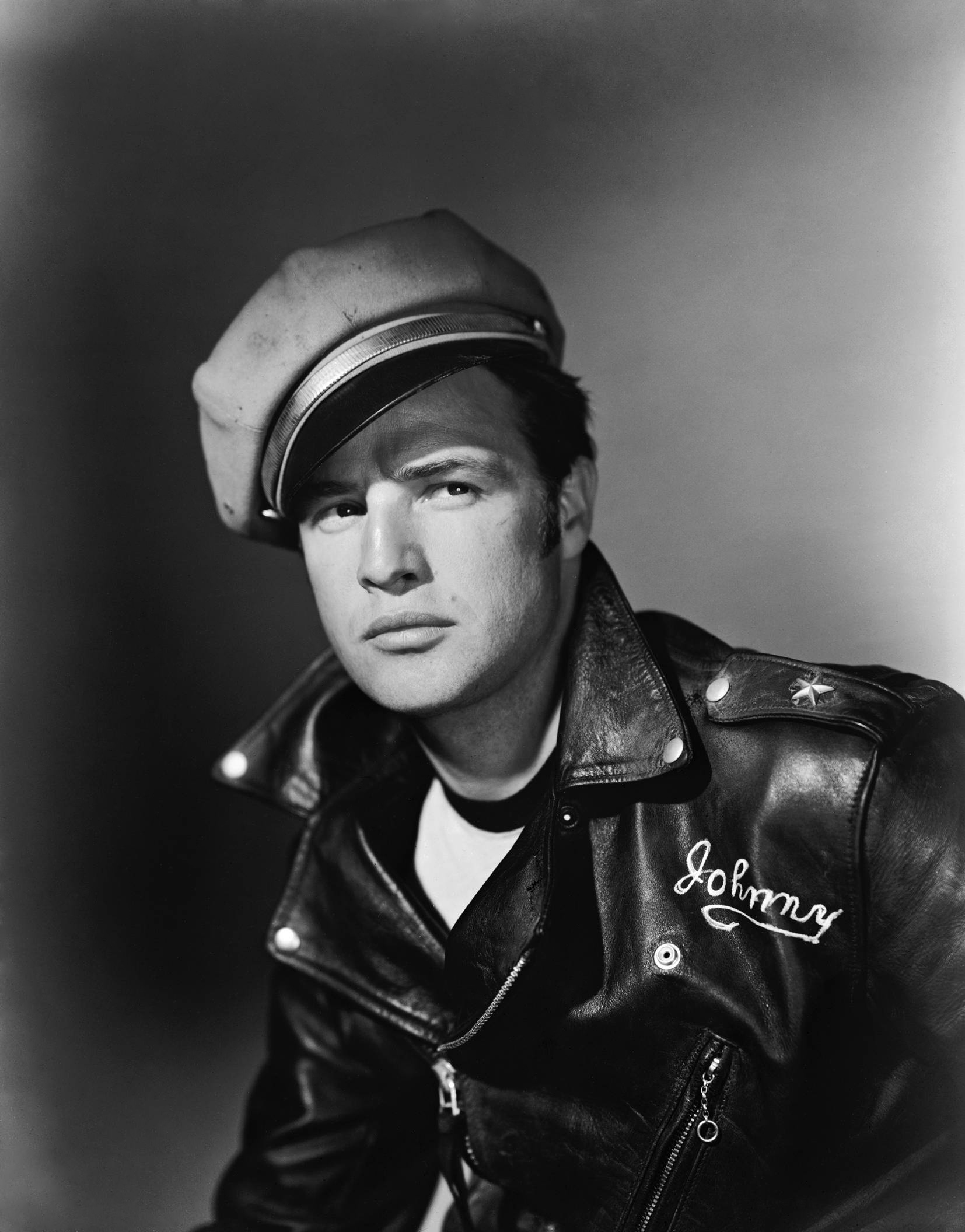 The Wild One (1953) - Photo Gallery - IMDb fd792940017