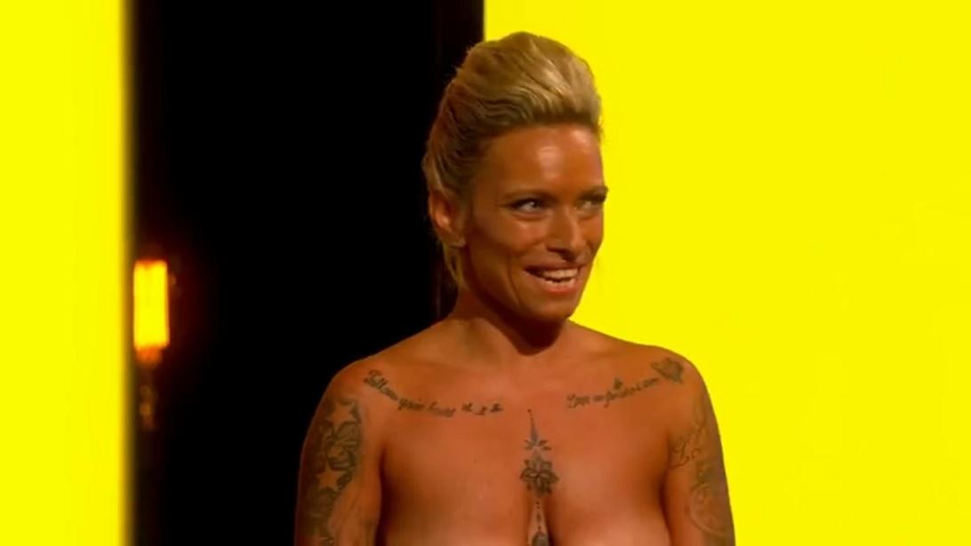 Louise Stockell nackt Chantelle  Naked Kara