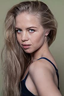 Sofia Vassilieva Picture