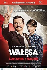 Robert Wieckiewicz and Agnieszka Grochowska in Walesa. Czlowiek z nadziei (2013)