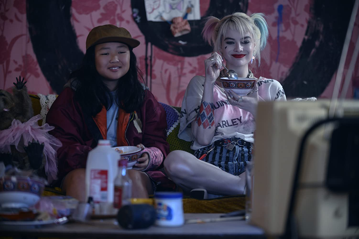 Margot Robbie and Ella Jay Basco in Birds of Prey: And the Fantabulous Emancipation of One Harley Quinn (2020)