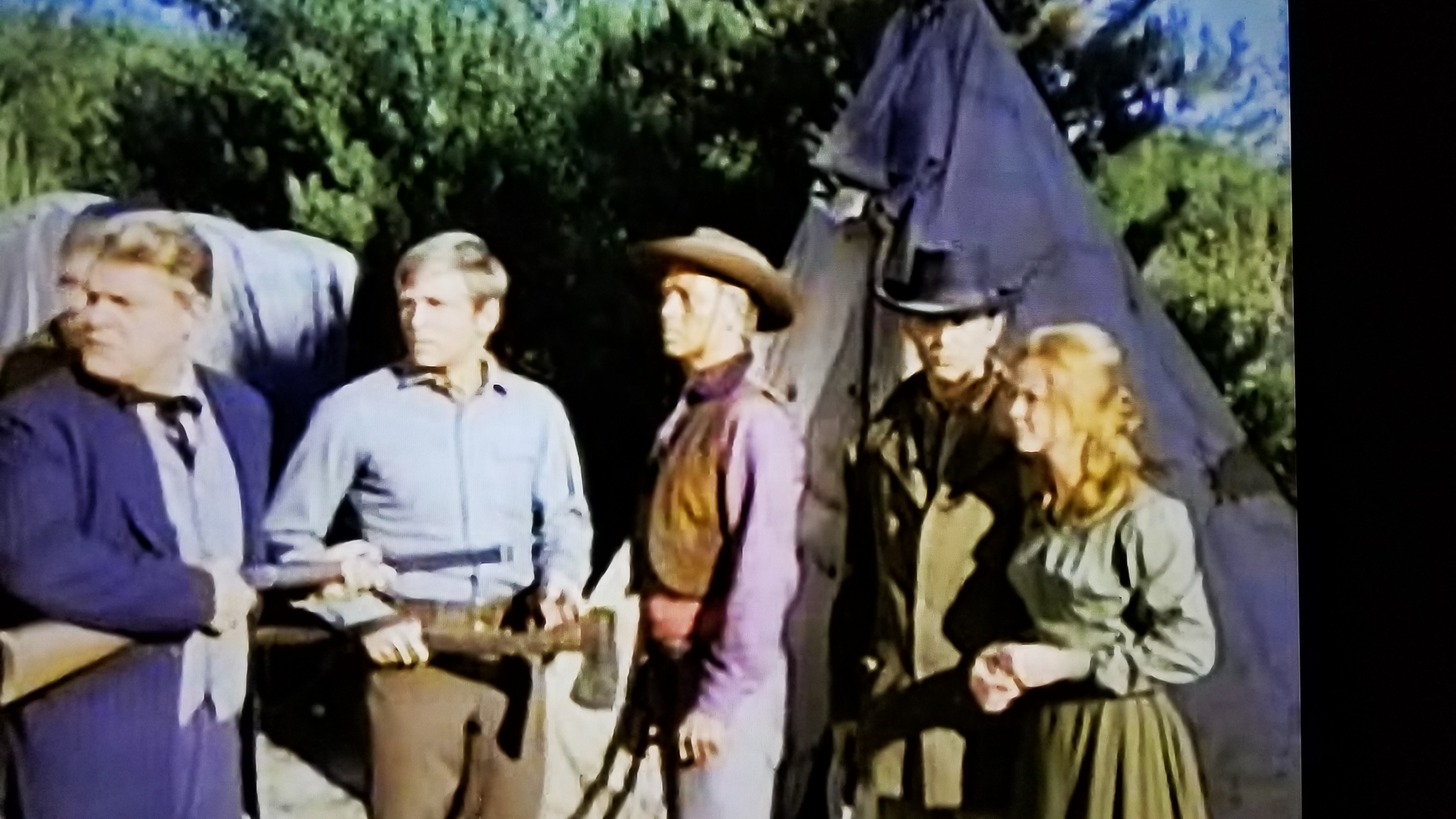 Gary Collins, X Brands, Katherine Justice, Clint Kimbrough, and Roger Torrey in Iron Horse (1966)