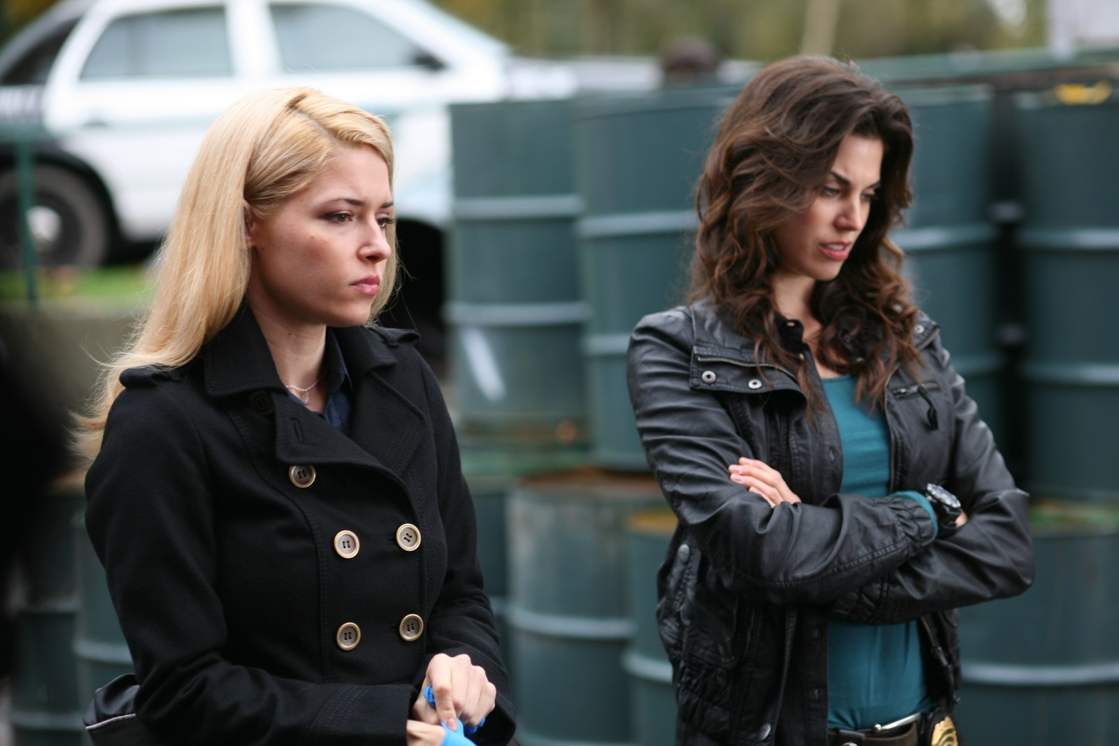 Sarah Lind and Meghan Ory in True Justice (2010)