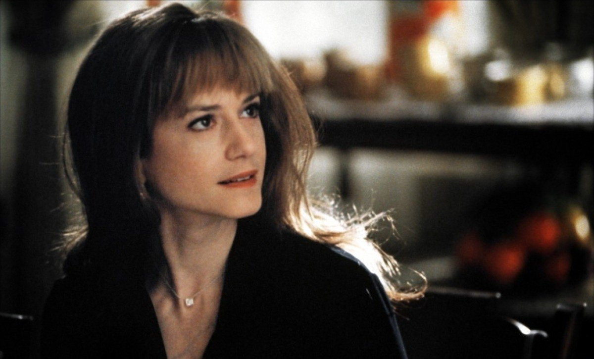 Holly Hunter in Home for the Holidays (1995)