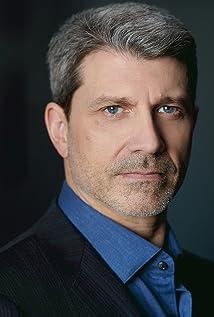 Paul Essiembre Picture