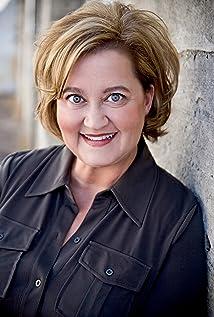 Julie Ann Doan Picture