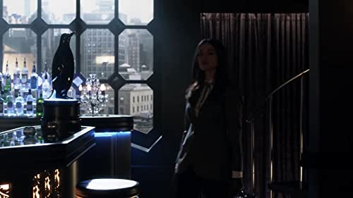 Gotham: Sofia & The Gang Attack Penguin's Men
