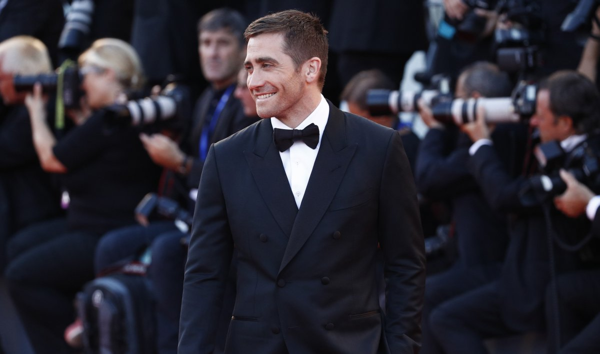 Jake Gyllenhaal at an event for Nocturnal Animals (2016)