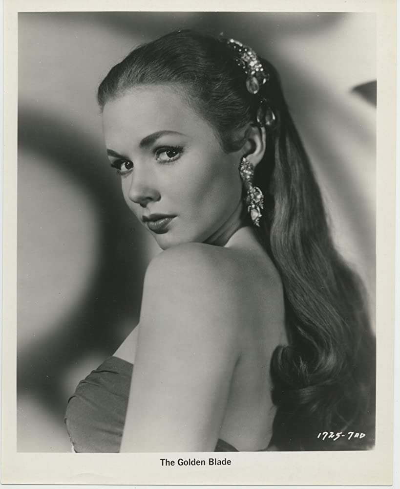 Piper Laurie birth chart