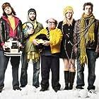 Danny DeVito, Charlie Day, Rob McElhenney, Kaitlin Olson, and Glenn Howerton in It's Always Sunny in Philadelphia (2005)