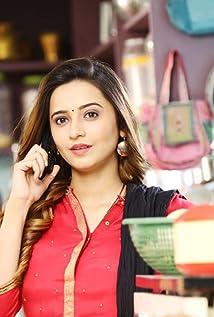 Shivani Surve Picture