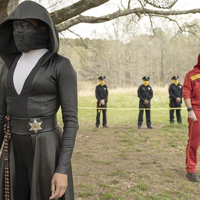 Regina King and Andrew Howard in Watchmen (2019)