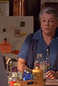 Tyne Daly in Judging Amy (1999)
