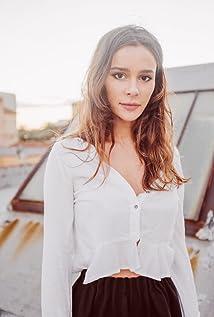 Bella Dayne Picture