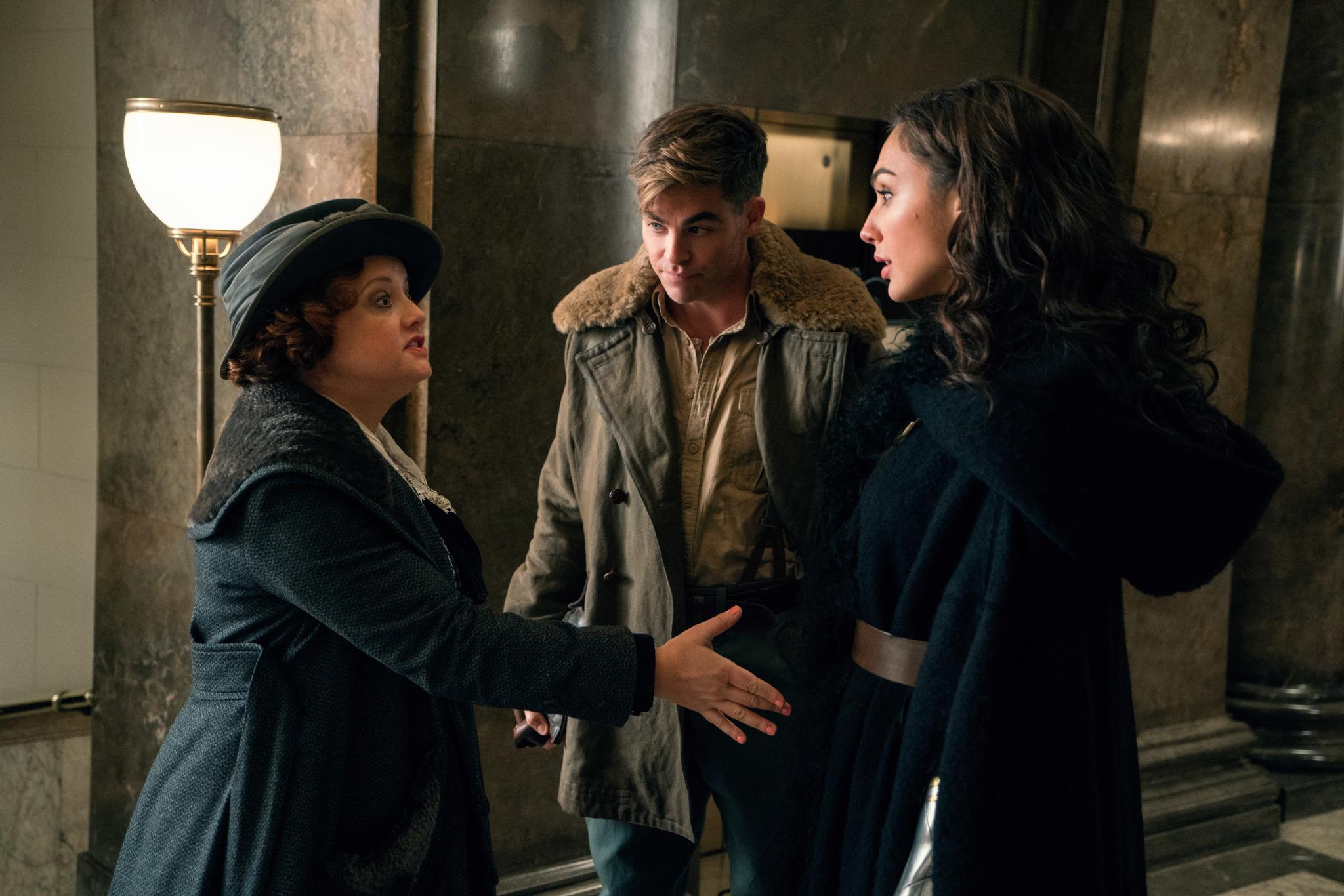 Lucy Davis, Chris Pine, and Gal Gadot in Wonder Woman (2017)