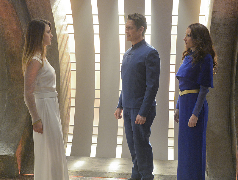 Robert Gant, Laura Benanti, and Melissa Benoist in Supergirl (2015)