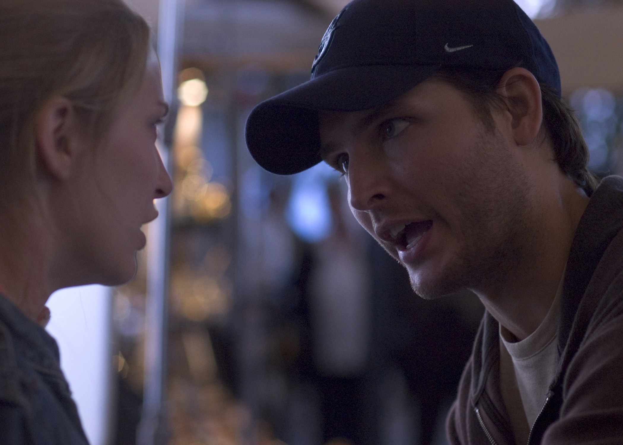 Peter Facinelli and Jessica Harmon in Hollow Man II (2006)