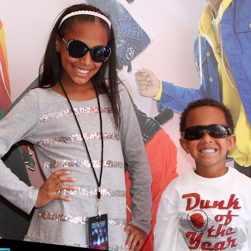 Legend Record Producer Tony Pizarro's daughter Alysah Pizarro & son Giovanni Pizarro Backstage VIP