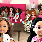 Maria Liatis, Gabrielle McMullan, Cari Favole, Naiah Walker, Elli Walker, and Becca Kinser in Naiah and Elli Doll Show (2017)