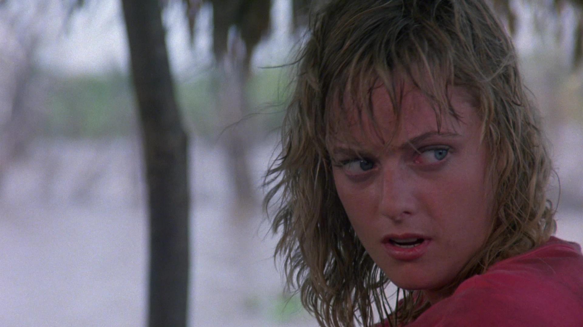 Lisa Blount in Inferno in diretta (1985)