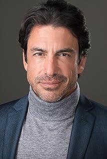 Ricardo Chávez Picture