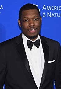 Primary photo for Michael Che