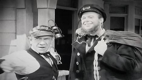 Ernie Adams and Dick Curtis in Lawless Breed (1946)