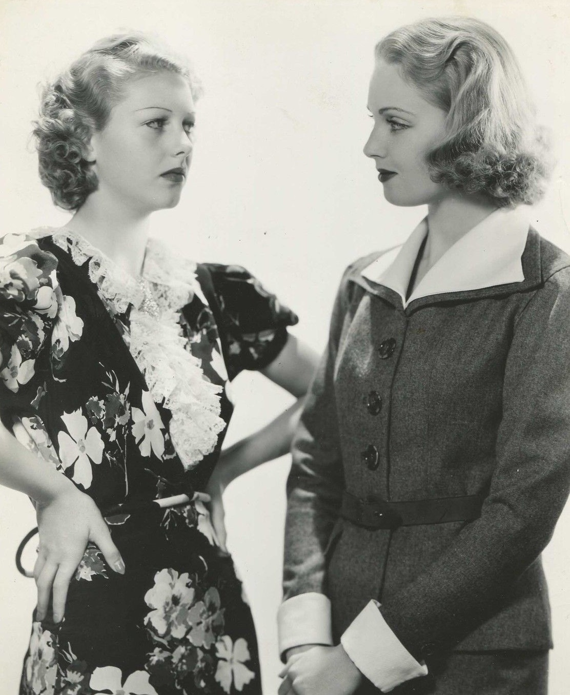 Shirley Deane and June Lang in Nancy Steele Is Missing! (1937)