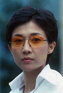 Elaine Wu Picture