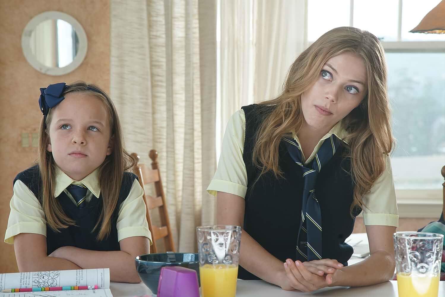 Grace Van Dien and Ellison Ashton-Isa in Lady Driver (2020)