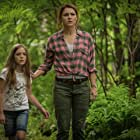 Amy Seimetz and Jeté Laurence in Pet Sematary (2019)
