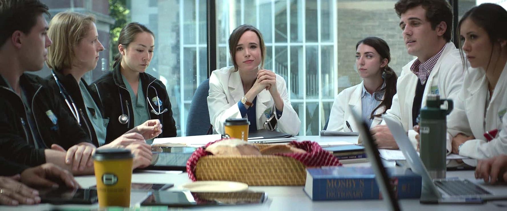 Ellen Page, Martha Girvin, Beau Mirchoff, Nina Dobrev, Emily Piggford, and Jelena Savic in Flatliners (2017)