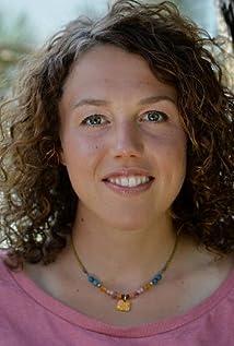 Laura Dahlmayer