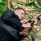 Tom Berenger in Sniper 3 (2004)