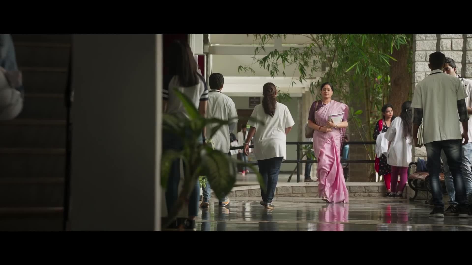 Sarileru Neekevvaru (2020) - IMDb